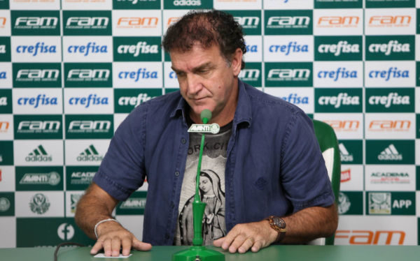 Cuca pode chegar para dirigir o Flamengo em busca de melhores dias na temporada
