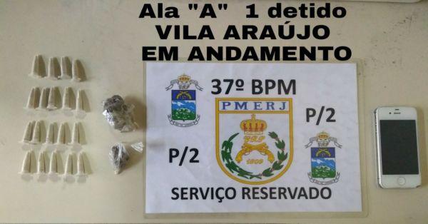 Drogas foram levadas para a Delegacia de Resende (foto: Cedida pela PM)