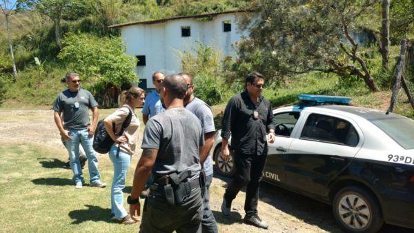 Ação que apurou maus tratos foi coordenado pela delegado Marcelo Russo (à direita)