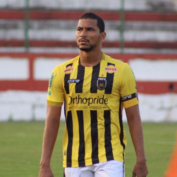 De saída: Cria da base do Voltaço, Luan retornou ao clube no começo deste ano, após uma passagem pelo Zimbru, da Moldávia (Foto: Divulgação/Fair Play Assessoria)