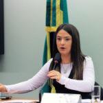 Bruna Furlan: 'Projeto uniformiza a situação dos militares à dos demais servidores civis do Executivo' (Foto: Will Shutter/Câmara dos Deputados)