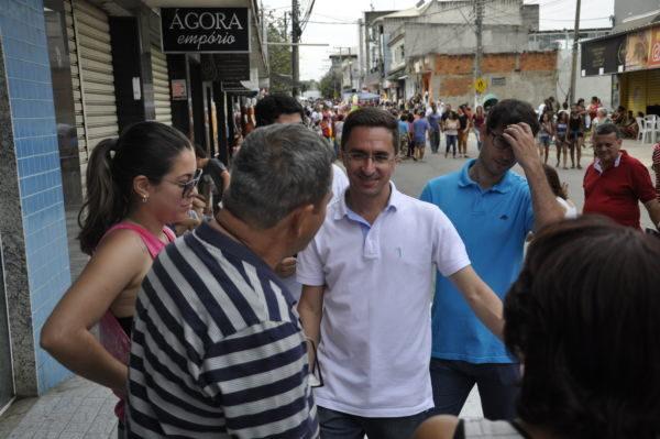 No local: Prefeito participou pessoalmente do 'Domingo de Diversão e Compras'