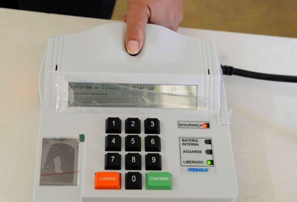Estimativa: Até o momento, 6,5% da população carioca fez o cadastramento biométrico para vota