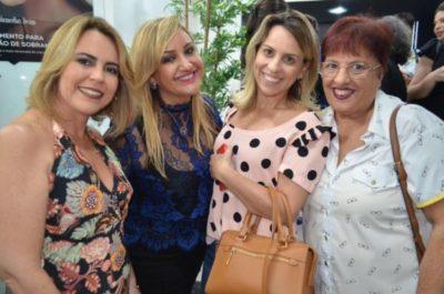 Adriane Reis Machado, Ana Paula Delgado, a dentista Raphaela Saleh e Cecília Monteiro