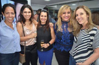 Fernanda Azalin, Lenierem Lima, Merielen Lima Pizzolante, Ana Paula Delgado e Isabela Guida