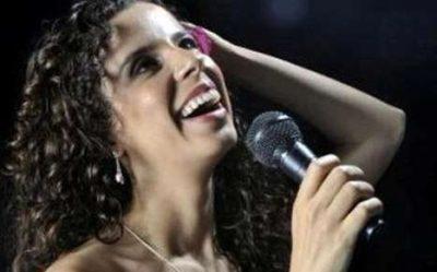 A cantora Sara Bentes