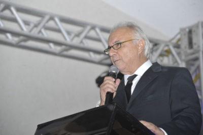 Em sua resumida fala em meio a muita emoção, o Dr. Geraldo Di Biase Presidente da FERP e Reitor do UGB
