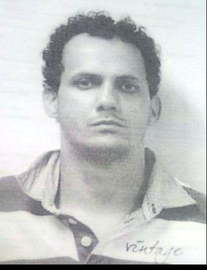 """Suspeito: Maxson Weslei Soares de Oliveira, o """"Peca"""", foi preso na Colônia Santo Antônio, em Barra Mansa (Foto: Cedida pela Polícia)"""