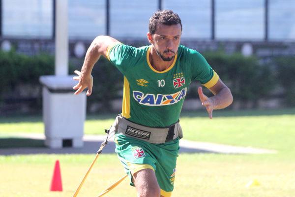 Nenê ainda sonha com uma vaga na Libertadores do ano que vem