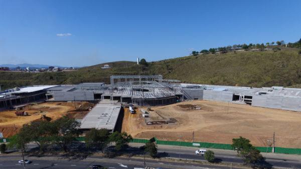 Obras seguem em ritmo acelerado e devem ser concluídas em menos de um ano