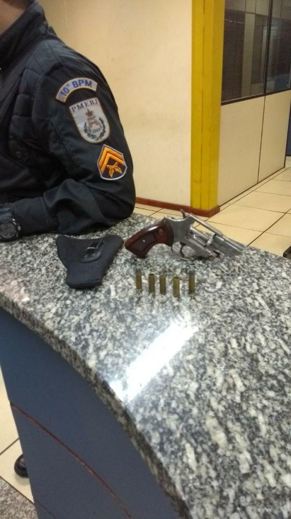 porte ilegal de arma barra do pirai