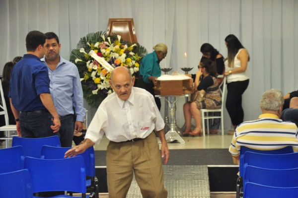 Velório está acontecendo no auditório da UBM (Foto: Felipe de Souza)