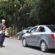 Guarda Municipal de Itatiaia orienta o trânsito próximo aos balneários