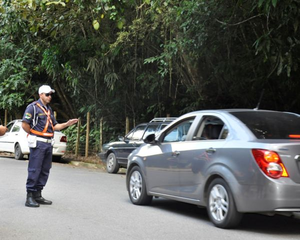 Segurança: Guarda vem mantendo efetivo nos locais para atuar todos os finais de semana na organização do tráfego de motoristas e pedestres (Foto: Divulgação)