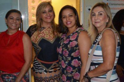 A designer de interiores Cátia Vianna, Ana Paula Delgado  e as empresárias Glaucia Matos e Sandra Barbeito