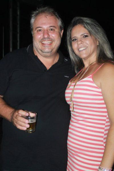Sandro Taranto e Cláudia Taranto (aniversariante do dia)