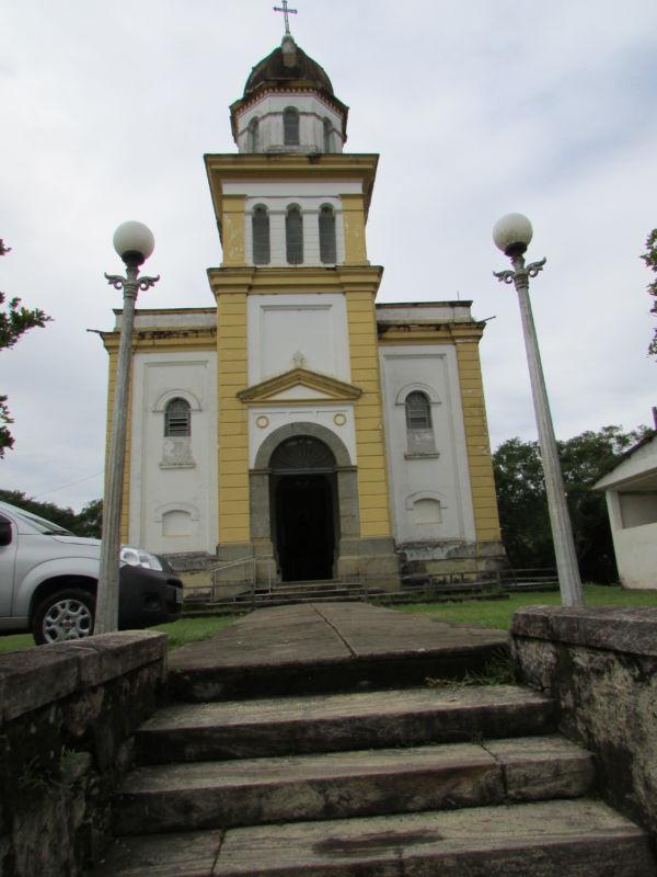 Arrumando: Comissão atua para ajudar a salvar bens tombados na área da Diocese (Foto: Divulgação)