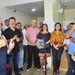 Prioridade: Fernando Jordão ao lado de secretários e outras autoridades diz que meta é melhorar atendimento na Saúde (Foto: Divulgação)