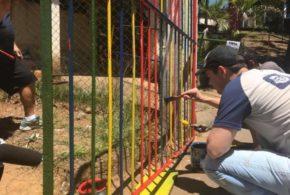 Mutirão com prefeito e voluntários dá 'cara nova' a escola em Resende