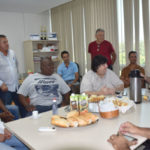 Deley e o ex-prefeito Antônio Francisco Neto com a diretoria do sindicato