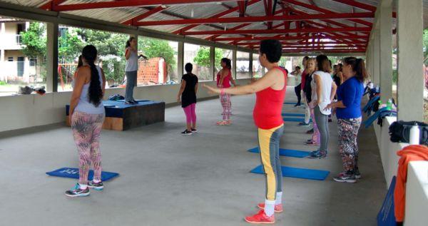 Programação inclui prática de atividades esportivas no Centro de Lazer (Chico de Assis)