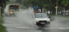 Previsão de chuvas faz Defesa Civil monitorar áreas de risco em Volta Redonda