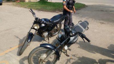 Motos foram abandonadas na Rio-Santos