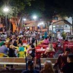 Lazer e diversão para todas as idades: Praça da Colina, no bairro São Geraldo, fica lotada durante os fins de semana (foto: Gabriel Borges)