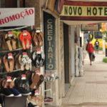 Em baixa: Comércio sofre queda nas vendas em época de férias e feriados longos (Foto: Felipe de Souza)