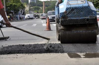 Tapa-buracos: Secretaria realizou serviços nas Avenidas Lucas Evangelista e na Rua Cezar Salumante, no bairro Aterrado -  Geraldo Gonçalves – SecomVR