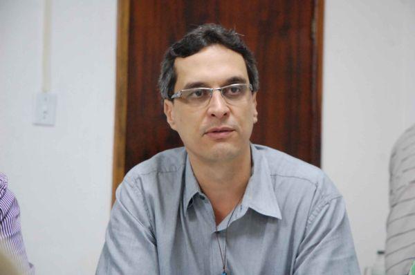 Arimathea: 'Entre deixar o déficit e suspender serviços de saúde à população, optei por deixar o déficit'