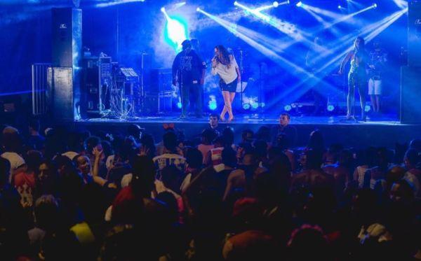 Folia e música: Banda Mistura Carioca já se prepara para o Carnaval 2018.(Fotos: Divulgação)