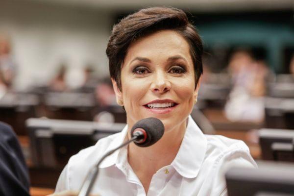 Cristiane Brasil está envolvida em temas polêmicos na pasta que quer assumir