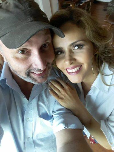 O 'Make Up' e 'Hair Stylist' Alex Palmeira com sua amiga e cliente Leona Cavalli