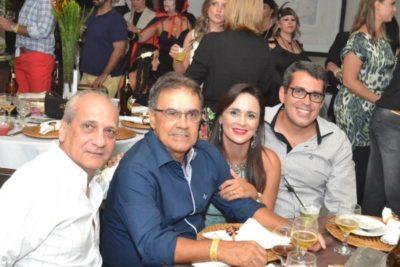 Os empresários Wanderley Batista, Maurílio Marcelino da Silva, Vanessa de Ávila Marcelino Barbosa  e Eduardo Ayres Barbosa, nos salões do Carná Folia