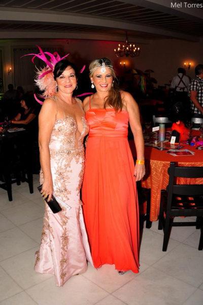 Valéria Dantas e Clarisse Leal, esbanjando elegância no Carná Folia