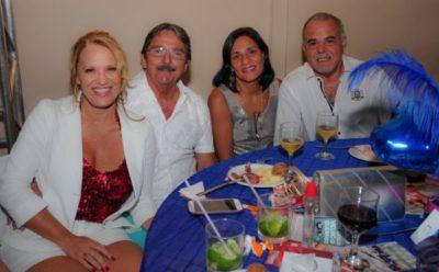 Gláucia Procópio Alves, o arquiteto  Ronaldo Alves, Dalila da Costa Sales e José Luis Sales, nos salões do Carná Folia