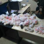 Suspeita é presa com grande quantidade de drogas em apartamento
