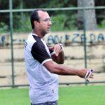Felipe Surian reclamou de gol anulado pelo árbitro