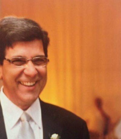 Extravasando alegria:  O empresário Vivaldo Moreira Ramos