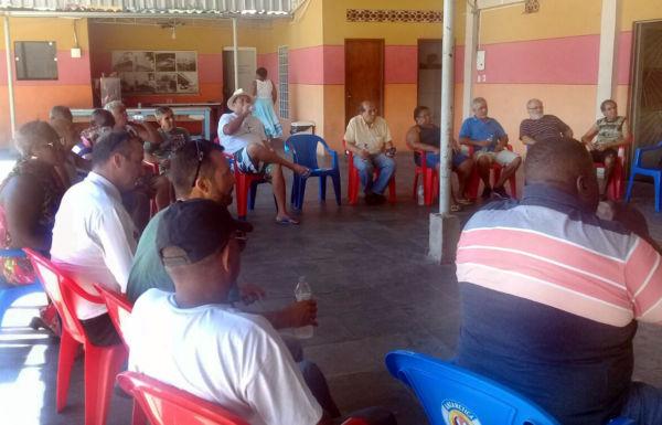 No local: Furtado debate segurança com Associação dos Moradores e autoridades no Volta Grande