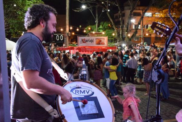 Happy Hour carnavalesco: Evento tem como objetivo proporcionar entretenimento gratuito e de qualidade à população (Foto: Divulgação)