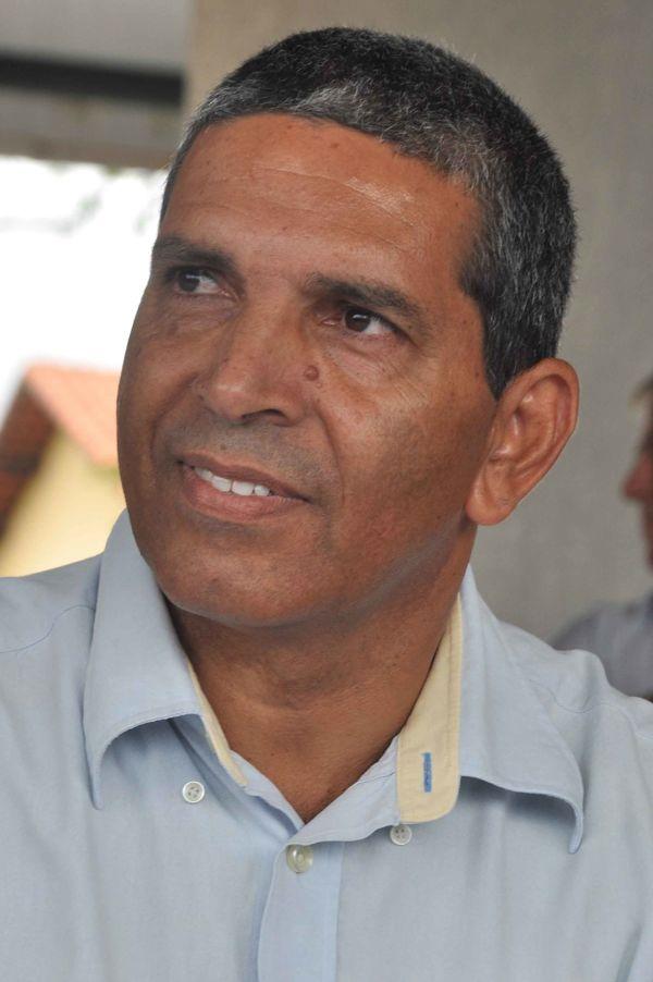 Apoio: Bruno segue com medidas para ajustar situação do funcionalismo (Foto: Divulgação)