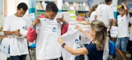 Entrega de uniformes escolares em Volta Redonda têm início