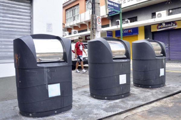 Urbanização: Coletores foram retirados e esquina das ruas São Sebastião e Duque de Caxias serão urbanizadas - Arquivo