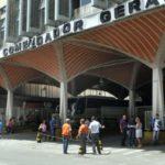 Vistoria: Fiscalização de Obras e Defesa Civil vistoriam pontos críticos de Barra Mansa, entre eles a Rodoviária, onde os letreiros da fachada ameaçam cair - Paulo Dimas