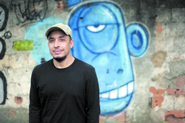 'Diálogos Urbanos': Na exposição os personagens de Anderson de Souza estarão pintados em telas, tapumes de obra e até placas de trânsito (Fotos: Divulgação)