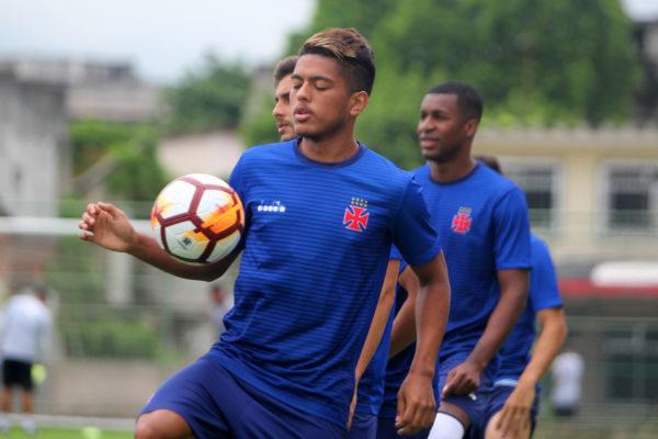 Vasco aposta em alguns garotos da base para brilhar no Brasileirão