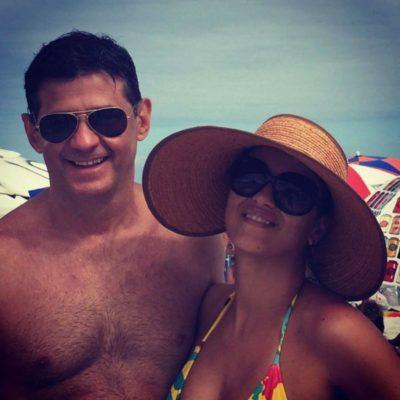 Viva o verão, viva o amor: Os empresários Mario La-Gatta e Vanessa La-Gatta