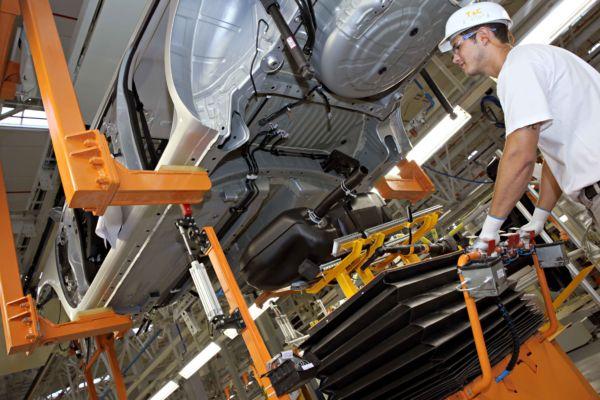 Sobe: Nissan teve a alta mais significativa nas vendas internas (Foto: Arquivo)
